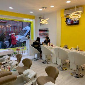 ginger and lemon nail salon interior 2