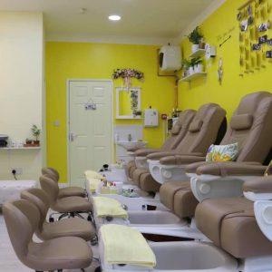 ginger and nail salon interior 4