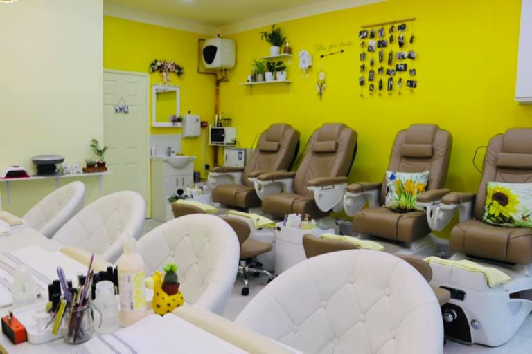ginger and nail salon interior